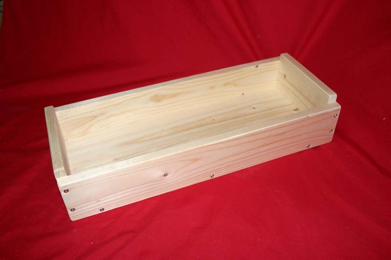 Long softwood tray / box