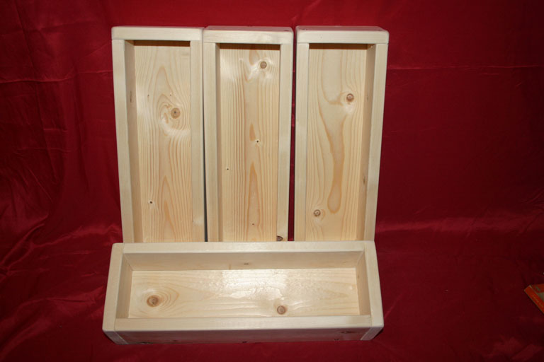 Softwood small storage trays / boxes